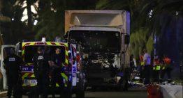 Decenas de muertos tras ser arrollados por camión en Niza