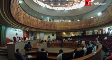 Diputados de Colima reforman 68 leyes para desindexar salario mínimo