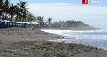 Comerciantes de Cuyutlán prevén repunte de ventas en Verano