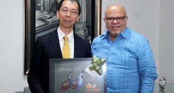 Ministro de Japón reconoce propuesta educativa de Colima