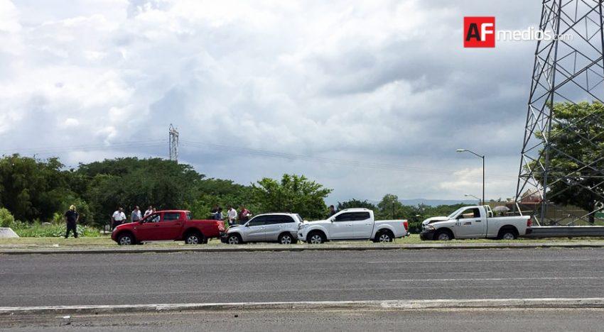 Choque por alcance afecta a cuatro vehículos