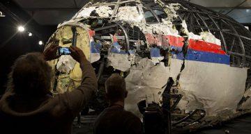 Investigadores: Avión malayo fue derribado por misil ruso