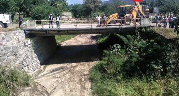 Inicia reconstrucción de puente en Manzanillo