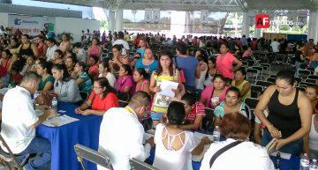 6 MDP en becas para estudiantes de Manzanillo; inicia entrega este día