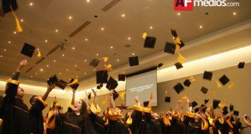 UMP entrega títulos a 208 alumnos de doctorado y licenciaturas