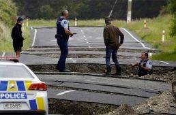 Un terremoto con numerosas réplicas causa al menos 2 muertos en Nueva Zelanda