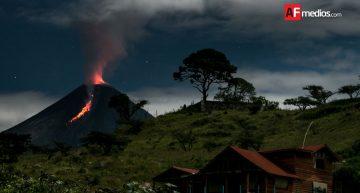 Disminuye probabilidad de explosión mayor en Volcán: PC