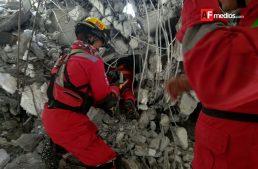 Seis días después del desplome de trabe en edificio de Guadalajara localizan albañil sepultado