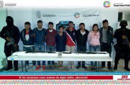 Tras enfrentamiento policía de Guerrero libera a 8 secuestrados y detiene a 8 delincuentes
