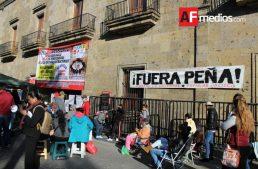 Manifestantes contra gasolinazo bloquean Congreso de Jalisco