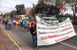 Ejidatarios se manifiestan para pedir pago de tierras de Aeropuerto de Guadalajara