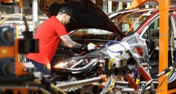 Fiat Chrysler podría poner fin a producción en México si Trump aprueba aranceles muy altos: CEO