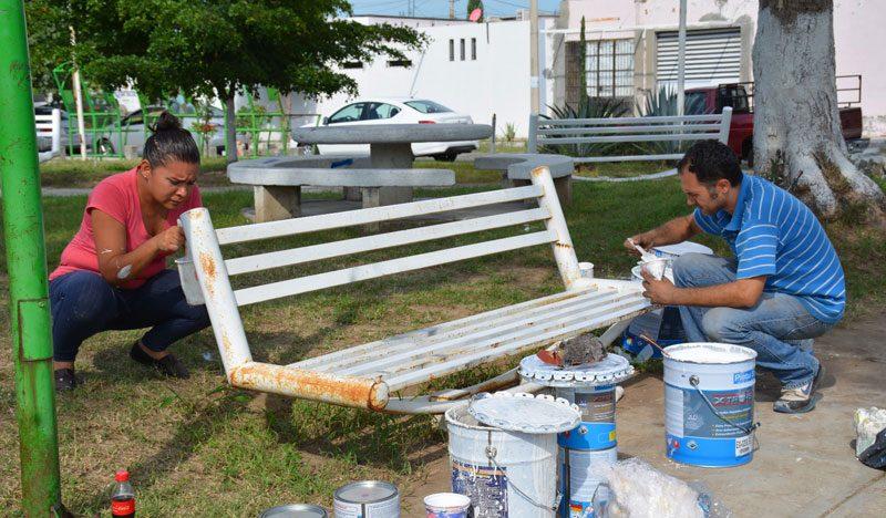 Ayto de villa de lvarez remoza 32 jardines con programa for Jardin de la villa colima