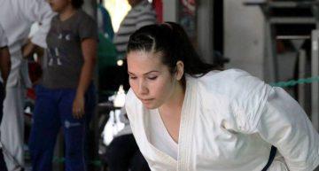 Lora de karate do logra doble boleto para centroamericano en Venezuela