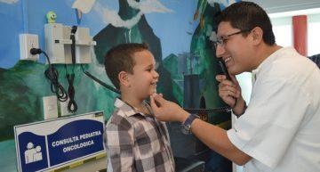 Factores genéticos, tabaquismo y radiación, causas principales de cáncer en menores