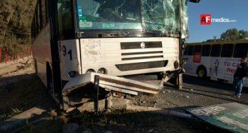 Accidente de transporte Flex deja por lo menos 20 lesionados