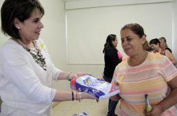 Alicia López de Hernández fomenta prevención del cáncer infantil