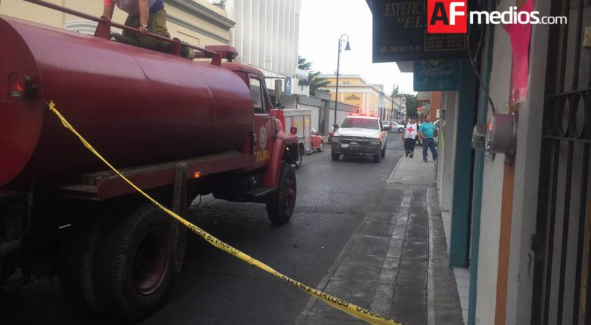 Se incendia bodega en Colima