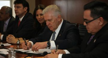 COM impartirá cursos a deportistas mexicanos radicados en EU