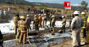 PC Jalisco logra controlar incendio en ducto de Pemex