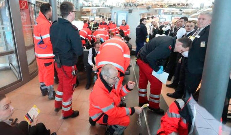 Por sustancia en el aire, desalojan aeropuerto de Hamburgo