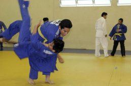 Estudiante universitario con discapacidad sobresale en Judo
