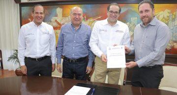 Gobernador designa a Arturo Bravo Salazar director del Instituto para el Registro del Territorio del Estado de Colima