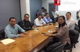 Titular de Osafig se reúne en privado con diputados