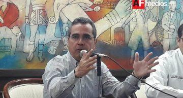 Carlos Salazar lamentó poco apoyo del personal de salud