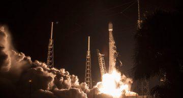 SpaceX enviará a dos turistas a orbitar la luna en el 2018
