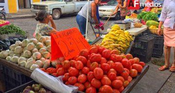 Canasta básica alimentaria rural baja, urbana sube de precio