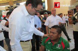 Vidal Domínguez recupera 82 medallas de las 182 que le robaron