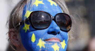 Miles protestan en Londres contra el Brexit