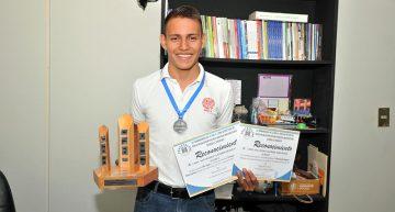 Gana alumno de la UdeC segundo lugar  en los Juegos Nacionales Pentatlónicos
