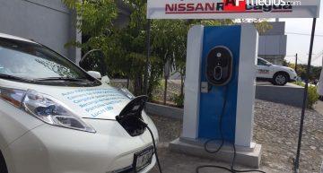 Nissan inaugura primer circuito de cargadores para autos eléctricos