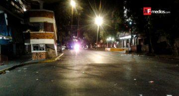 Operativo en mercado San Juan de Dios termina en trifulca