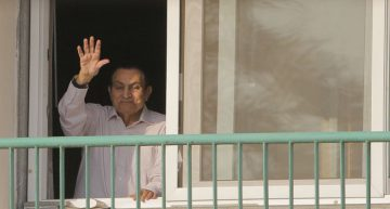 Expresidente de Egipto Hosni Mubarak sale en libertad