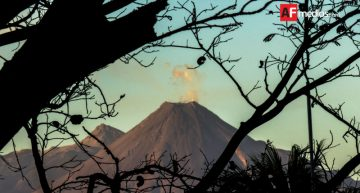 Esta semana llega equipo para aumentar monitoreo del volcán: PC