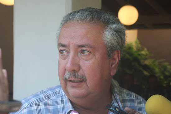 Foto: Edgardo Zamora /AFmedios   Hugo Chávez Ríos, presidente del Frente Colimense del Transporte