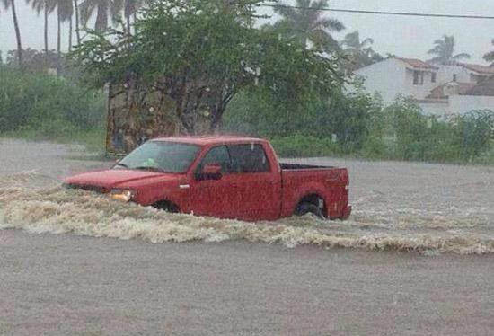 Inundación en Manzanillo.