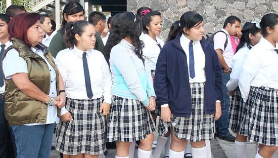 Foto:AFmedios/Archivo/ El regreso a clases implica un esfuerzo económico para las familias.
