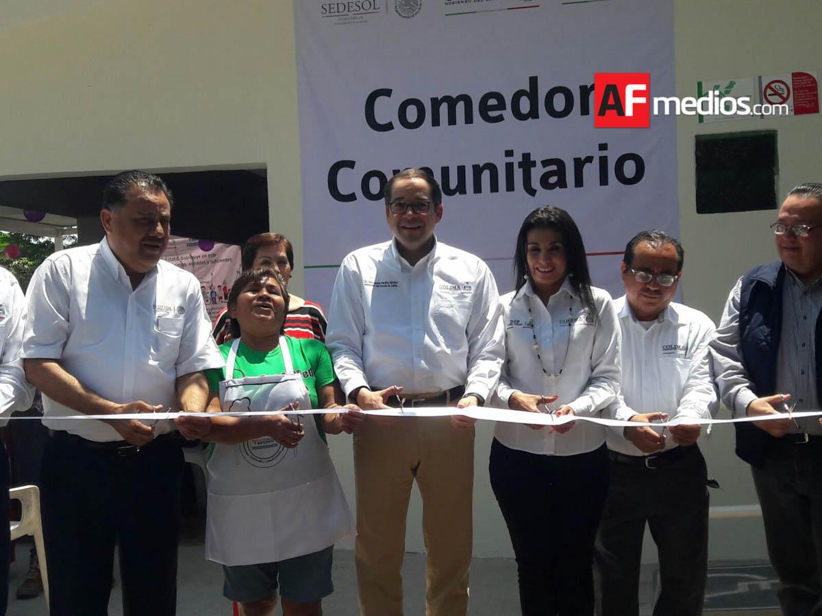 Gobernador entrega comedor comunitario en la vicente guerrero for Proyecto de comedor comunitario